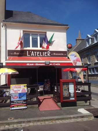 Manche, France : Le soleil sur Montebourg
