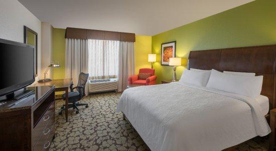 Englewood, CO: King Bed Guestroom