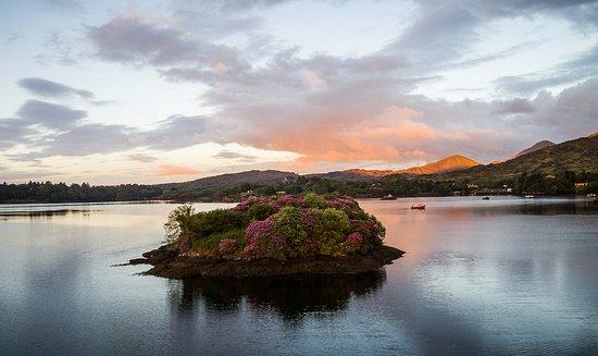 Eccles Hotel Glengarriff: Bantry Bay
