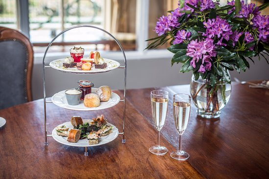 Eccles Hotel Glengarriff: Sparkling Afternoon Tea