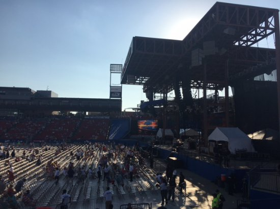 Floor Seating filling in Before the Show - Picture of Toyota