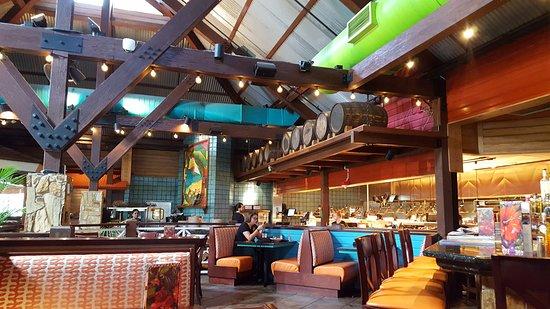 Bahama Breeze: Dining