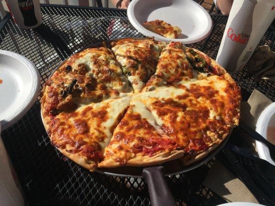 Janes Boardwalk Pizza: photo0.jpg