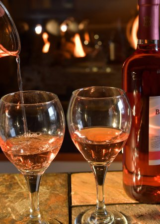 Murphy's Resort at Estes Park : Beer & Wine Lounge