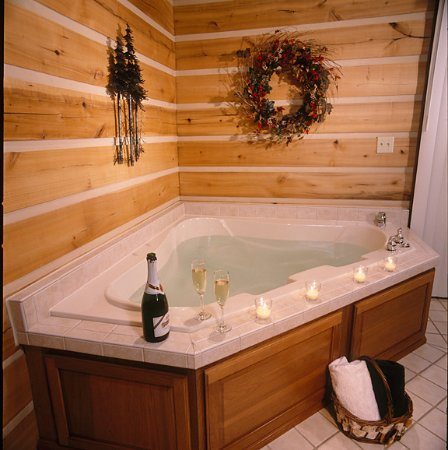 Colfax, IN: Oversized whirlpool for two. (Champagne not included.)