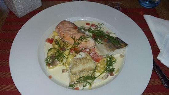 Ostheim, Francia: matelote aux 3 poissons , un régal !!!