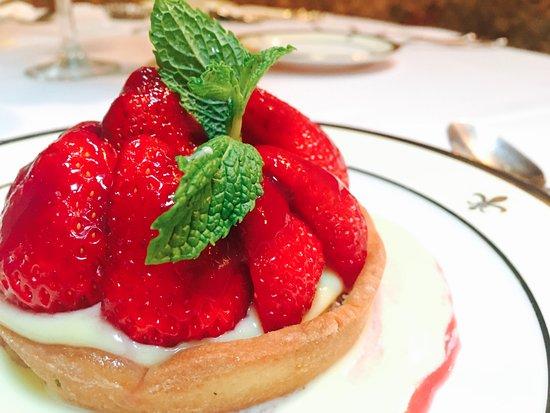 Jeanne D'arc: Strawberry Tart