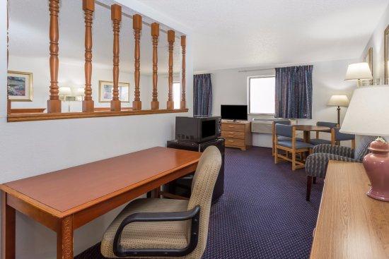 Pontiac, إلينوي: Suite with 2 Queen Beds