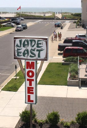 Jade East Motel: Entrance