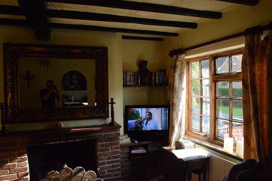 Bingham, UK: Living area