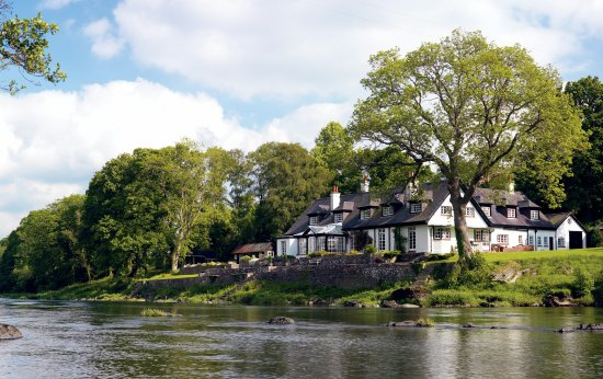 Erwood, UK: PYF on the banks of the River Wye