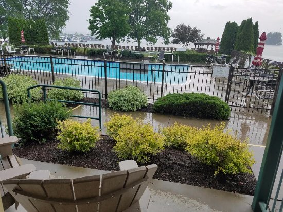 "The Inn on the Lake: This is what a 1st floor ""lake view"" looks like, more like ""pool view""."
