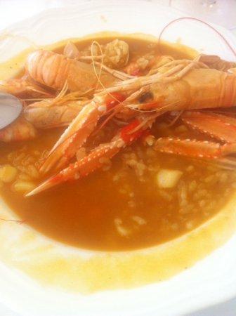 Marejol: Un excelente arroz caldoso.