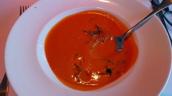 god tomatsuppe