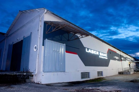 Bourg-les-Valence, Frankrijk: Laser Game Evolution Valence