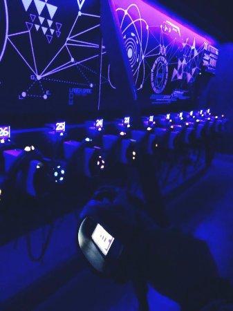 laser game evolution bourg les valence frankrike omd men. Black Bedroom Furniture Sets. Home Design Ideas