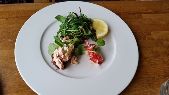 Aqua Restaurant: Lobster Salad & Prawns