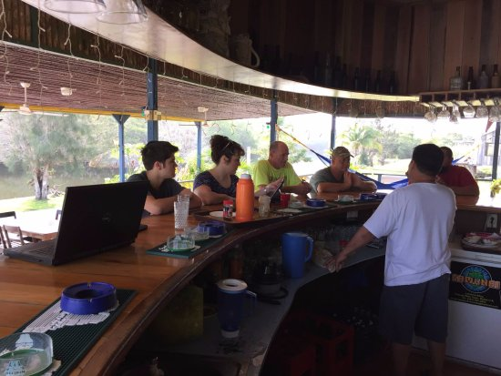 Orange Walk, เบลีซ: Enjoying breakfast at the bar.