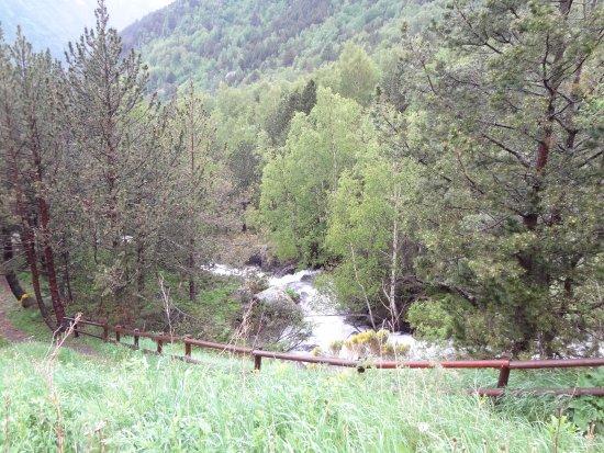 Ordino, Andorra: Бурный поток