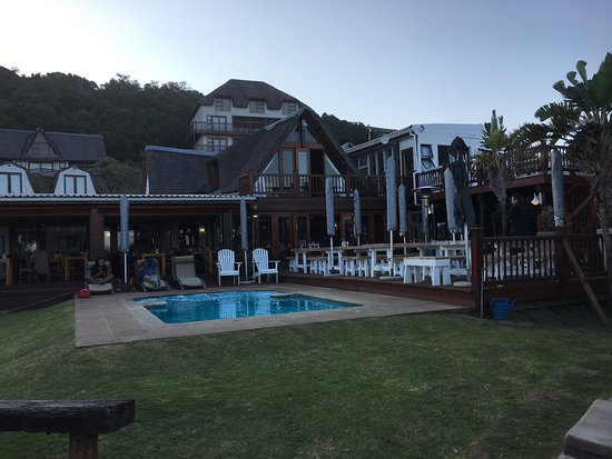Crawford's Beach Lodge: photo1.jpg