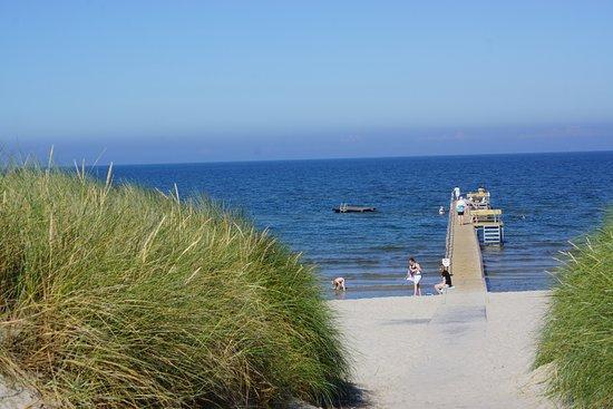 Behindertengerechter Zugang zum Bratten-Strand