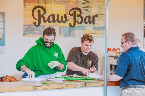 Belmar, NJ: Raw Bar