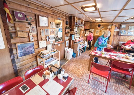 Tok, AK: Inside the Sourdough Cafe - Cozy, welcoming & full of history!