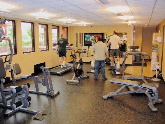 Playa del Sol Resort: Gym and Steam Room
