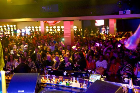 Horseshoe Southern Indiana: ENVY Bar & Lounge brings the night to life on Deck 2