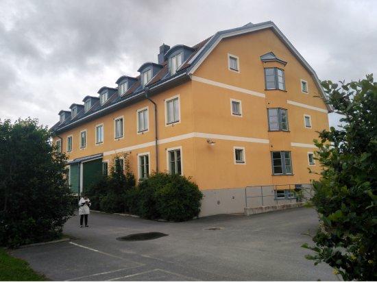 Maude's Hotel Enskede: Vista del Hotel