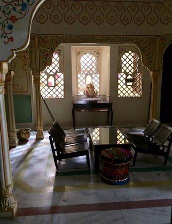 Rani Mahal - A Heritage Hotel: Sitting area