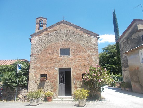 Asciano, Italy: Cappella dei Santi Fabiano e Sebastiano