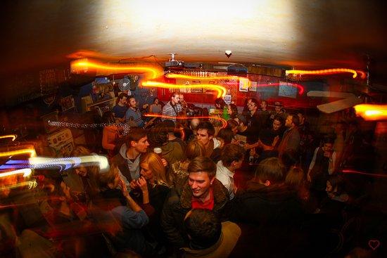 Cuba Cafe: party time