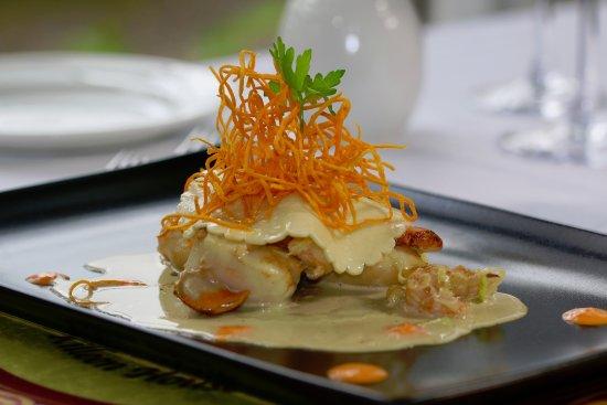 Open ravioli of scallops and prawns (261283271)
