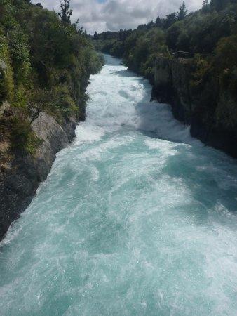 New Plymouth, Nova Zelândia: Huka falls river