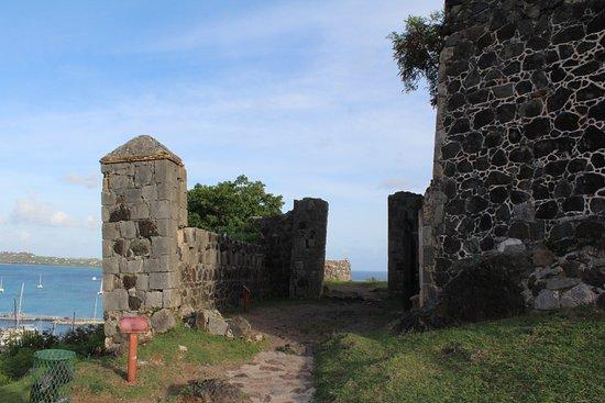 Marigot, St-Martin/St Maarten: Gate to the fort