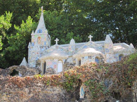 The Little Chapel: took on Jun 26, 2017