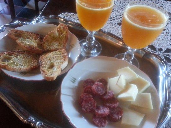 Casciana Terme, Italia: prodotti locali per colazione!