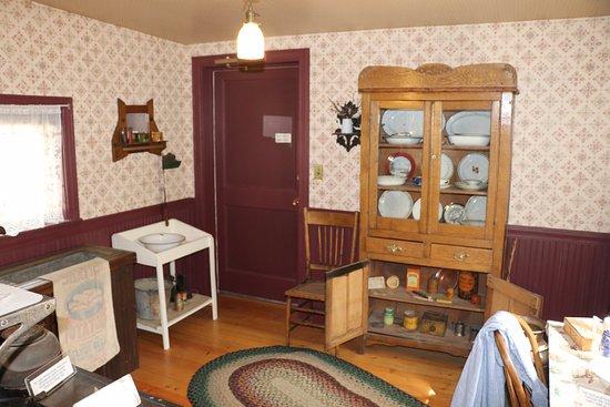 Pioneer Park: Interior of a cabin