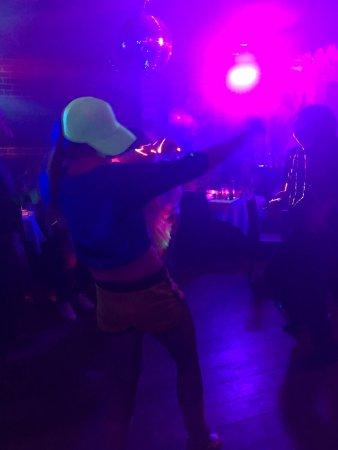 Nos Danseuses Picture Of La Salle A Manger Boulogne Billancourt