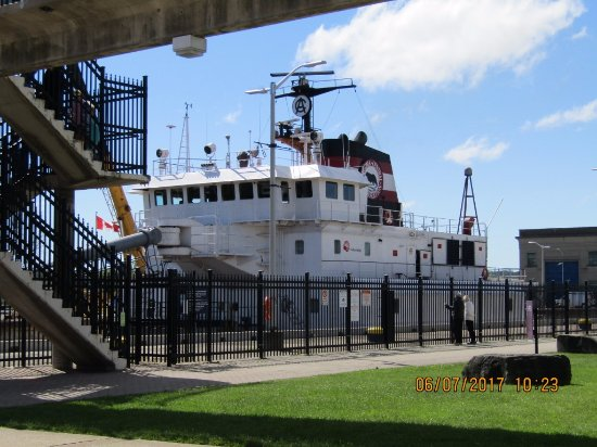 St. Catharines, Canada: A ship going through the ''Locks'
