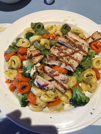 Apalachin, État de New York : Garlic Chicken over Tortellini