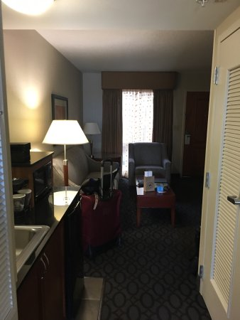 Emby Suites By Hilton Dulles North Loudoun Photo4 Jpg