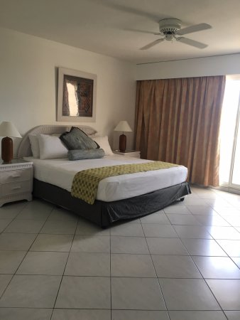 Sapphire Beach Club Resort: Two bedroom unit, master bedroom, with another balcony overlooking Porto Cupecoy Marina.