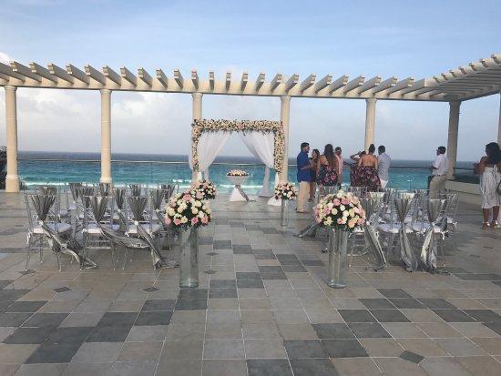 Sandos Cancun Lifestyle Resort Dream Wedding