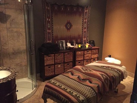 Osoyoos, Canada: Need a Wrap or a scrub? Or a facial done? Our Spirit Room is the place to be in!