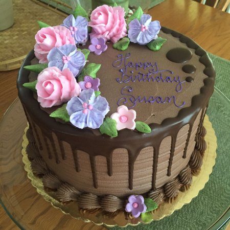 Hadley, MA: Marble cake with choc buttercream