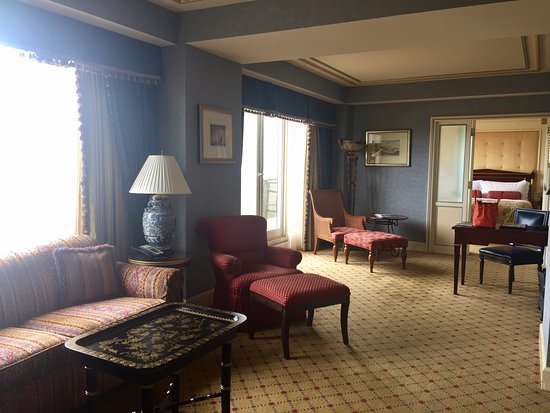 Boston Harbor Hotel: Governors Suite over Harbor
