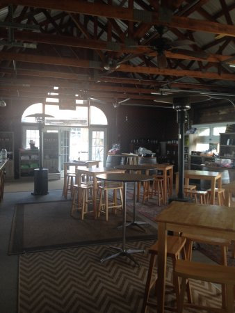 Applewood Winery : photo1.jpg