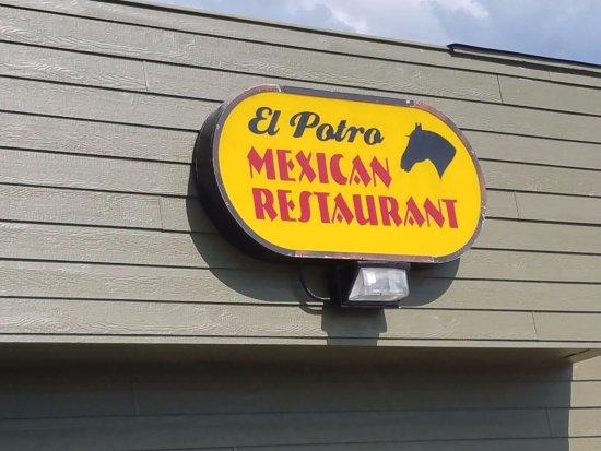 Γκραντ Ράπιντς, Μινεσότα: Main Entrance.